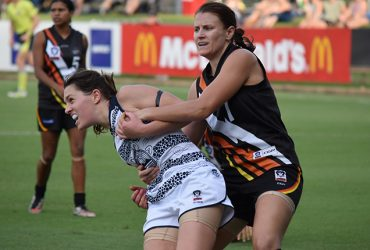 Lauren O'Shea in action against the Cats