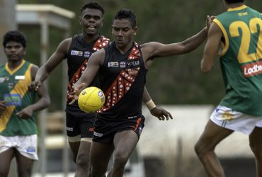 Jeffrey Simon in action for the Tiwi Bombers