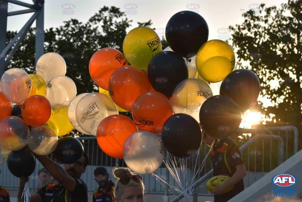 NT Thunder Balloons